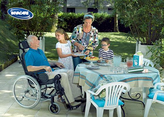 INVACARE 英維康Rea Clematis 躺式輪椅 6